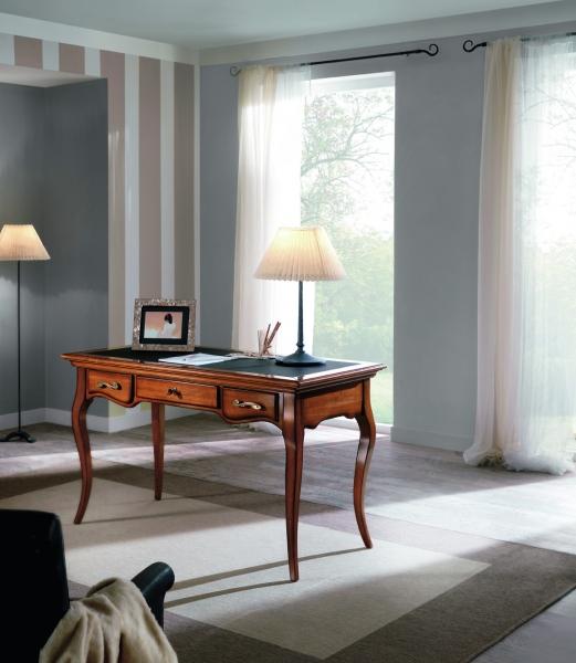 H602 íróasztal-1