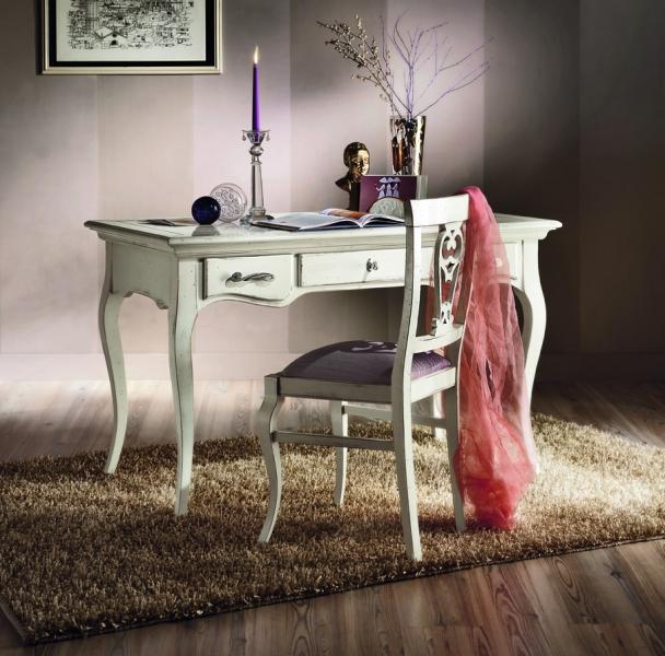 H623 íróasztal-1