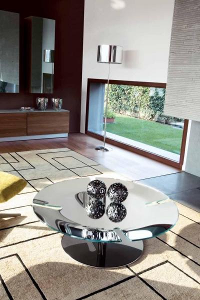 015 Bond asztal-1